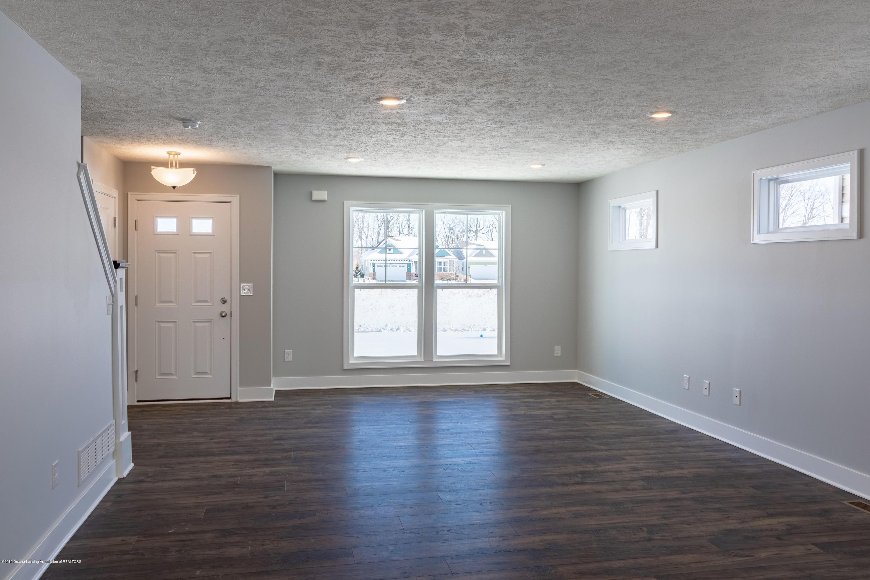 3846 Fossum Ln 9 - Living Room - 4