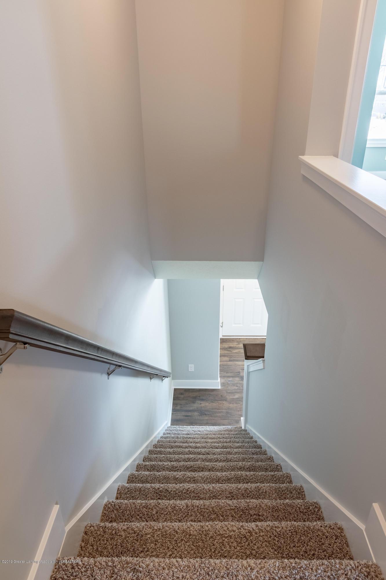 3846 Fossum Ln 9 - Stairs to Upper Level - 13