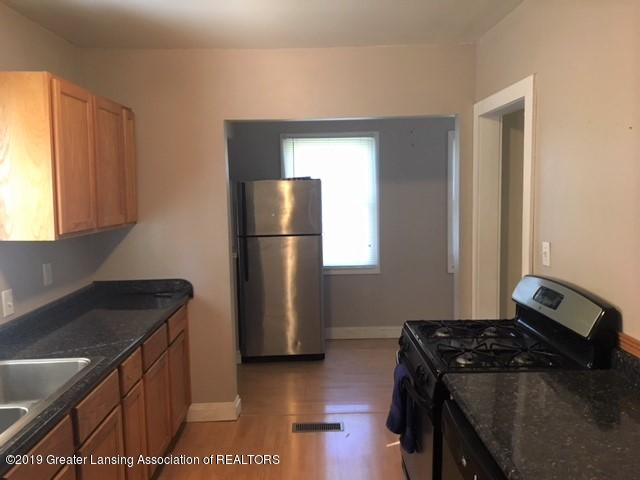 3027 Alfred Ave - Kitchen - 9