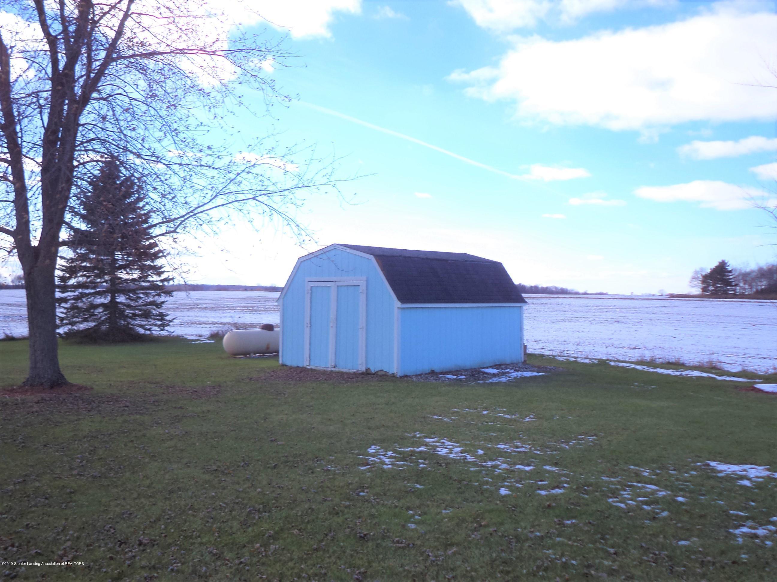 5535 W Parks Rd - Storage shed - 36
