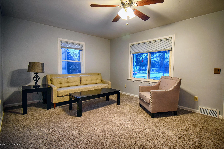 2060 Park Ln - Living Room - 5