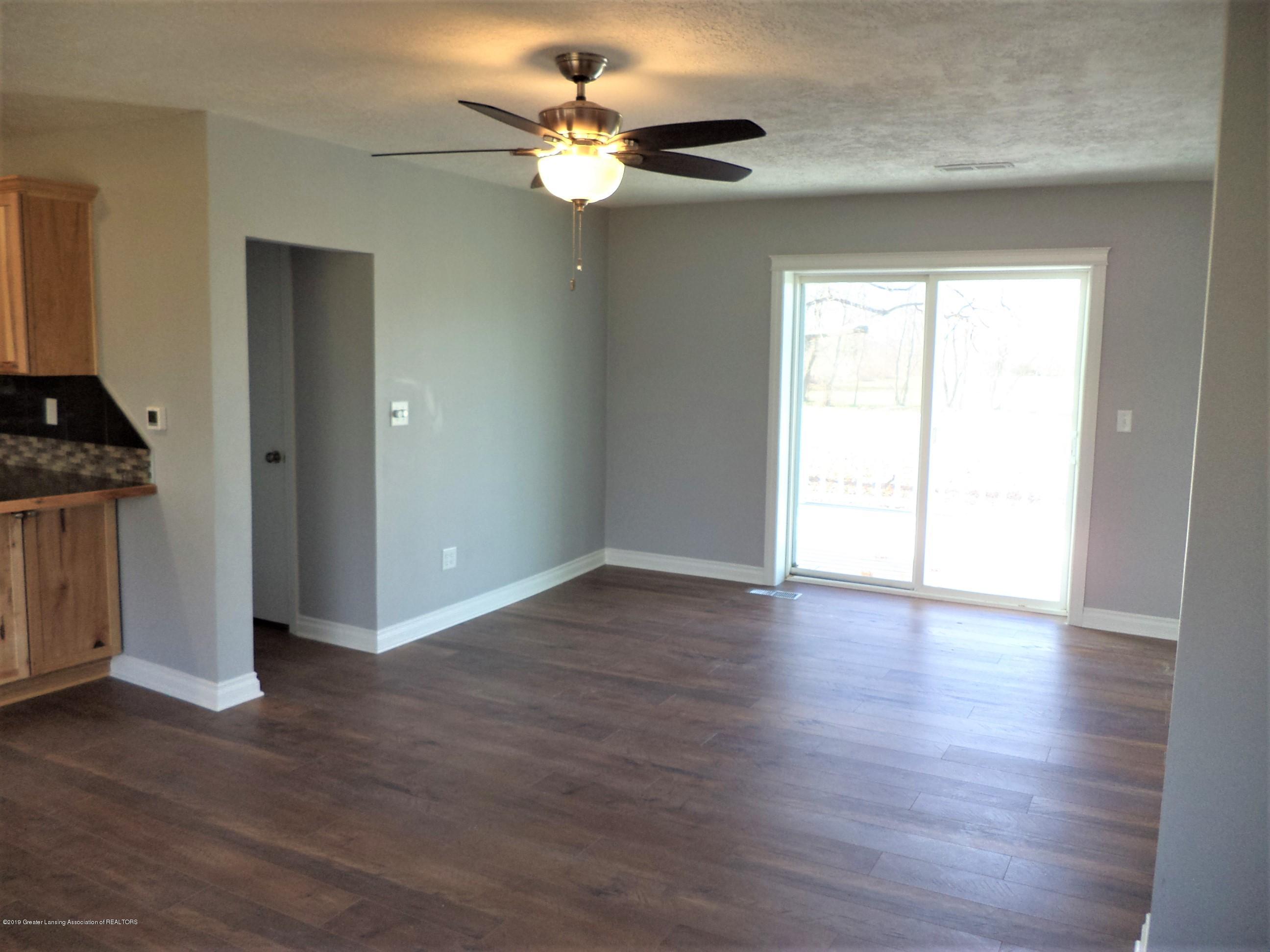 3200 S Dewitt Rd - Living room 1 - 10