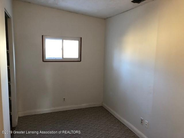 5813 Outer Dr - 5813 Outer Drive 5 - 15
