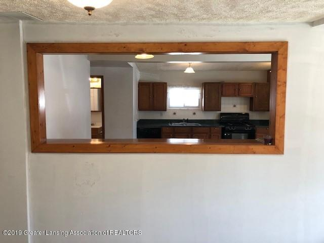 5813 Outer Dr - 5813 Outer Drive 9 - 11