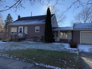 Property for sale at 572 Lincoln Avenue, Lansing,  Michigan 48910