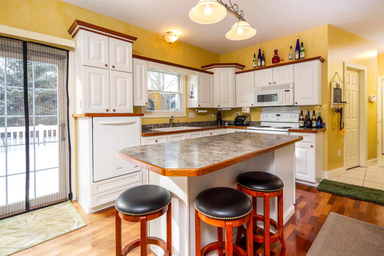 655 S Waverly Rd - Main Floor Kitchen - 7