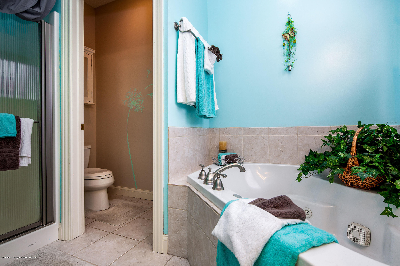655 S Waverly Rd - En-suite Master Bath - 13
