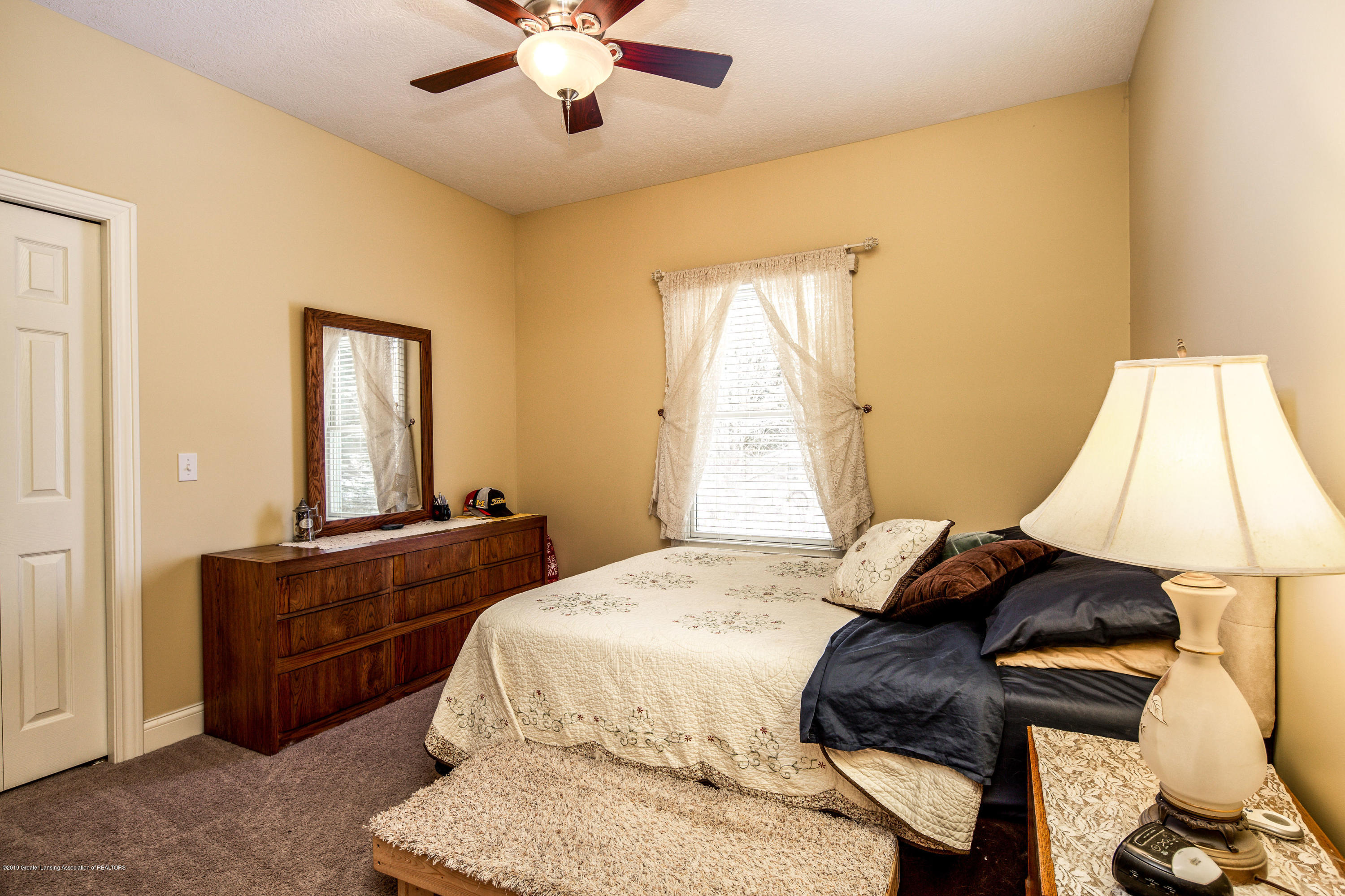 655 S Waverly Rd - Guest Room 1 - 15