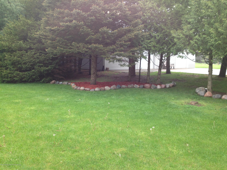 655 S Waverly Rd - Backyard - 42