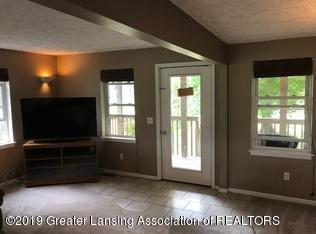 8183 Colby Lake Rd - living room - 4