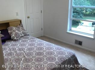 8183 Colby Lake Rd - Bedroom 3 - 12
