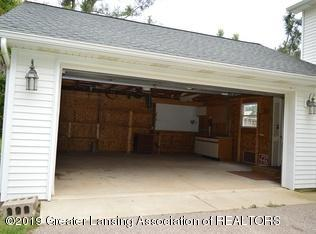 8183 Colby Lake Rd - garage empty - 17