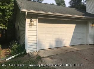 8183 Colby Lake Rd - garage - 18
