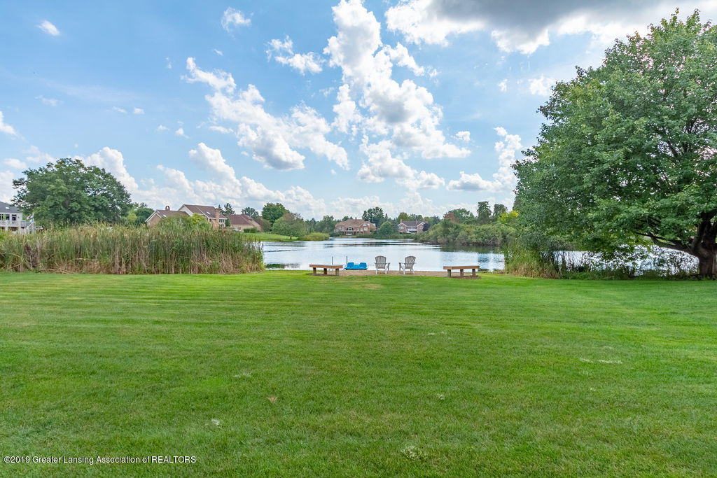 2571 Meadow Woods Dr - 2571 Meadow Woods Drive, East Lansing - 48