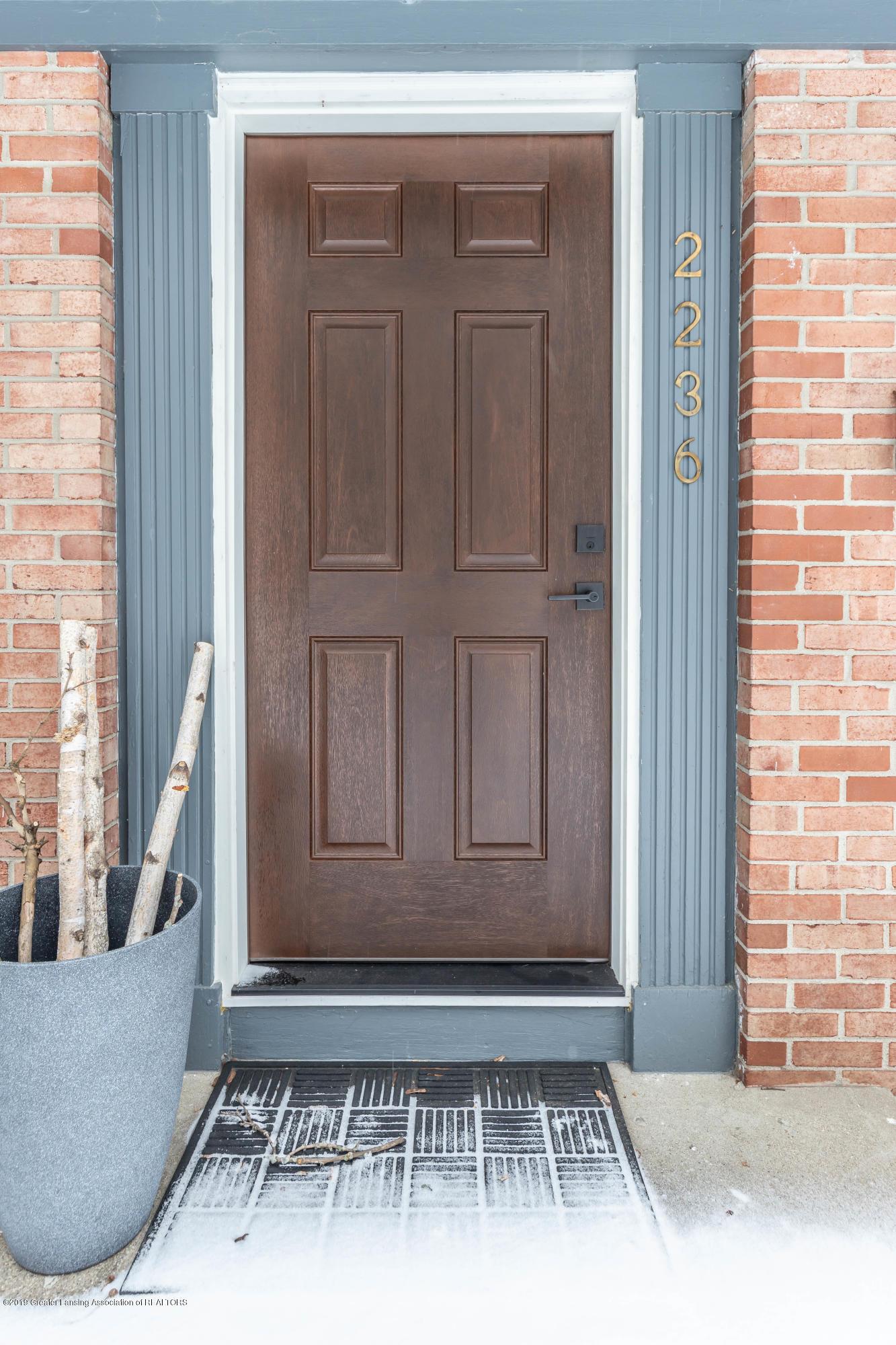 2236 Sylvan Ave SE  - sylvanfront3 (1 of 1) - 2