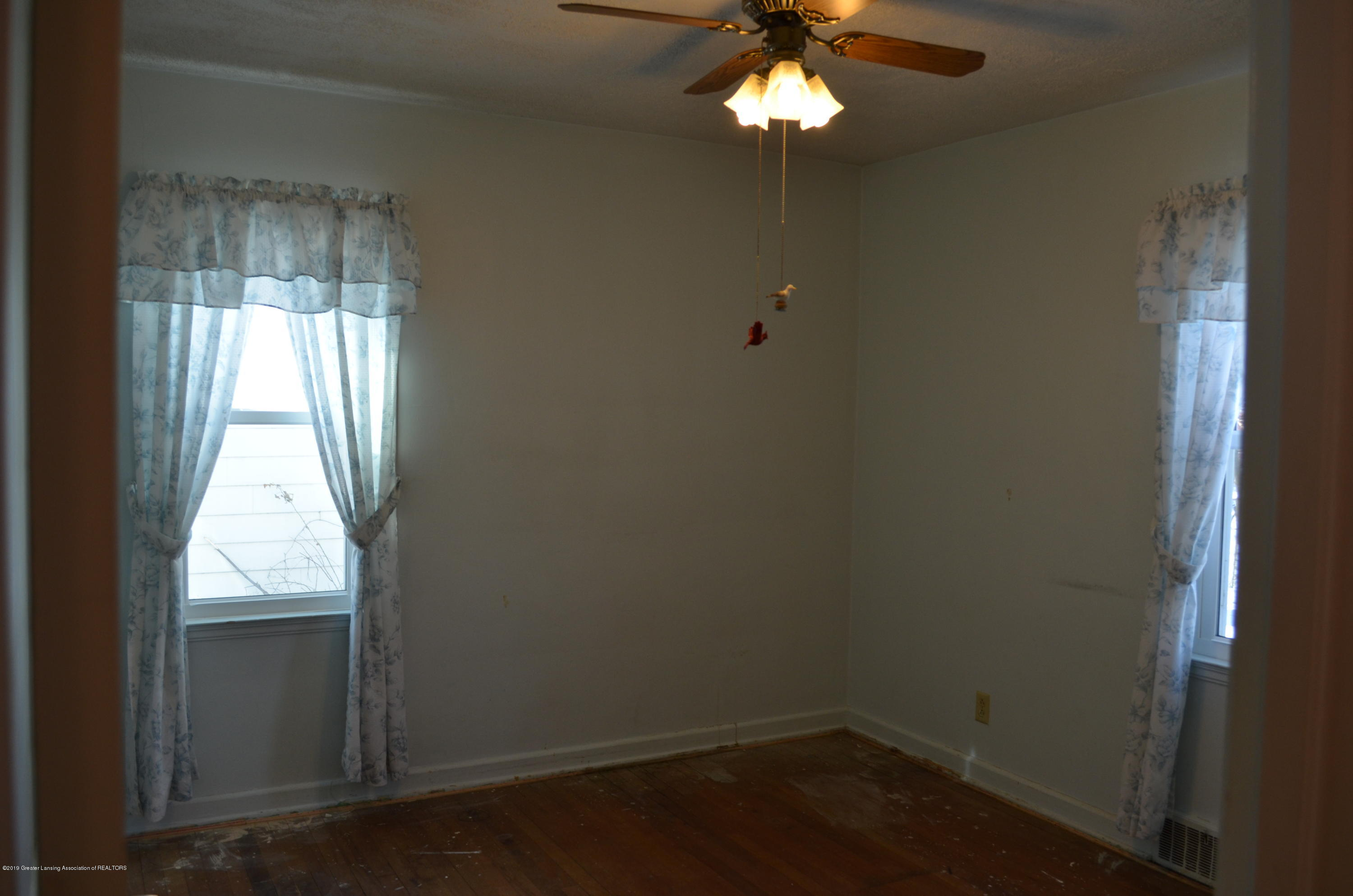1200 W Rundle Ave - Bedroom 2 - 12