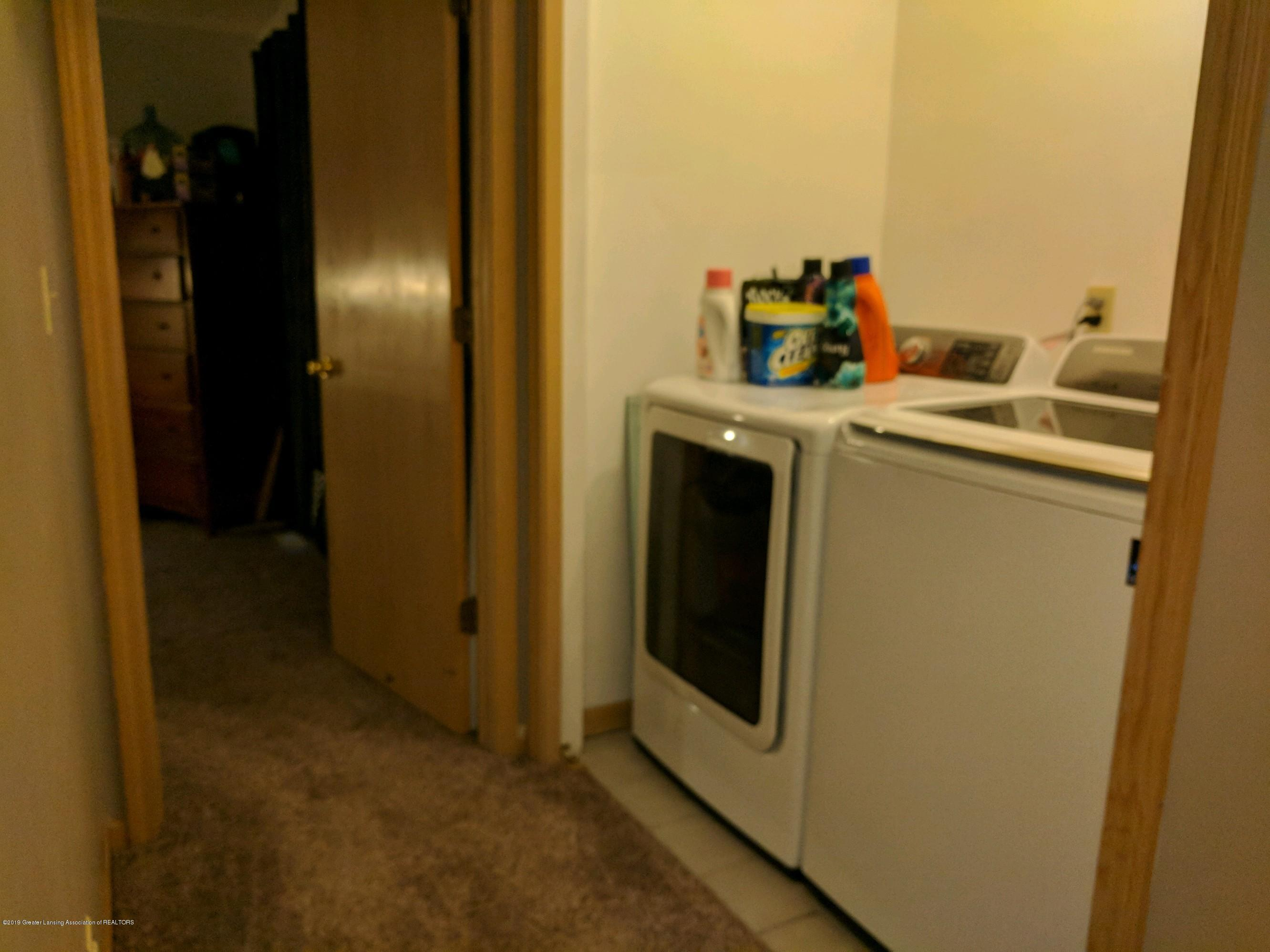 6620 Westview Dr - laundry room - 9