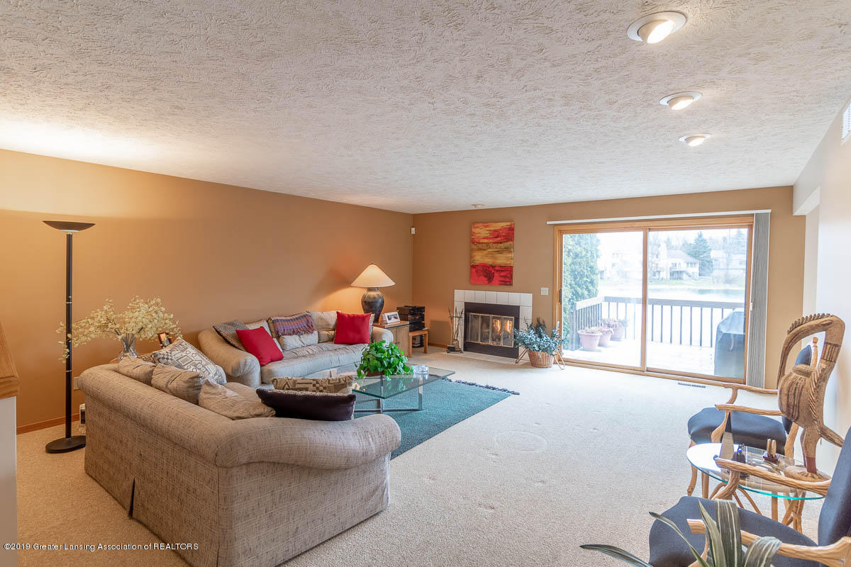 2445 Emerald Lake Dr 117 - Living Room - 14