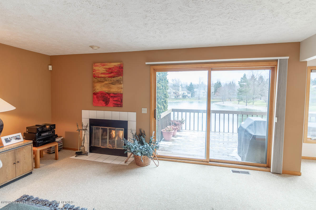 2445 Emerald Lake Dr 117 - Living Room - 18