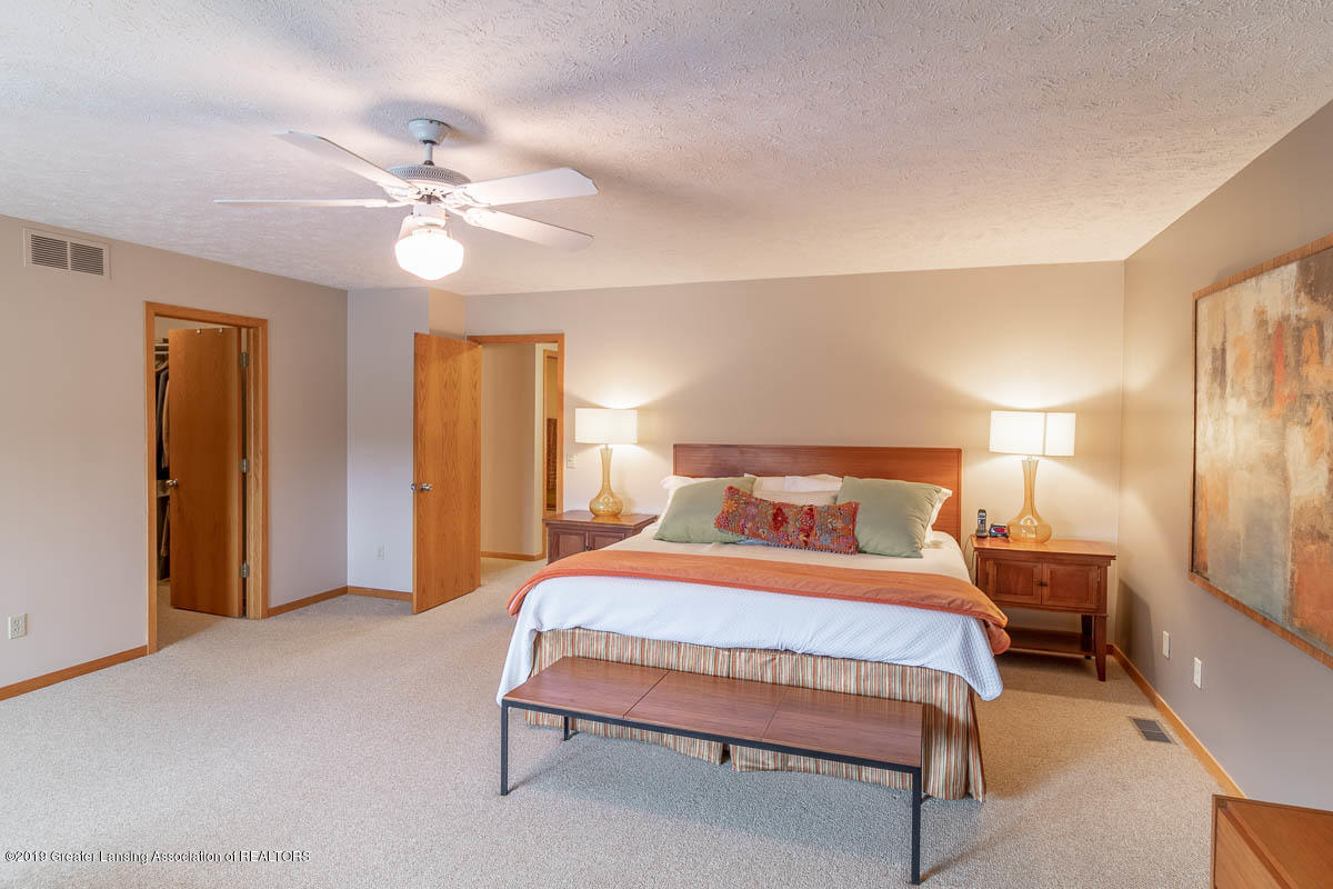 2445 Emerald Lake Dr 117 - Master Bedroom - 33