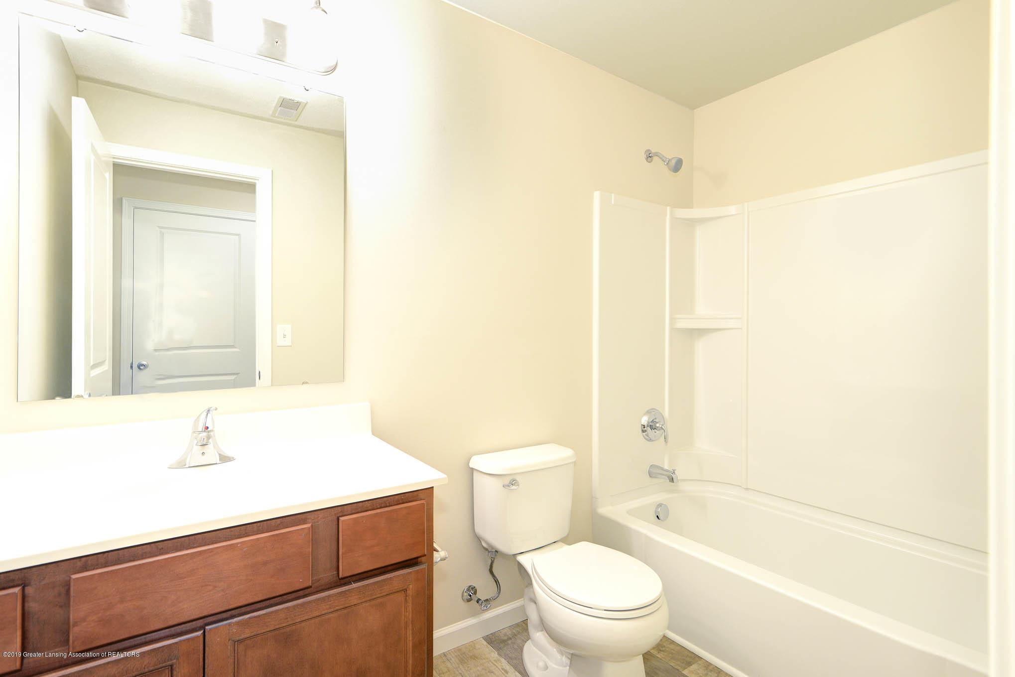 3532 Fernwood Ln - GDN069-C2040-Main Bath - 15