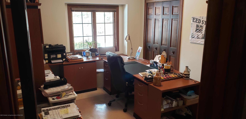 14403 Center Rd - center office - 18