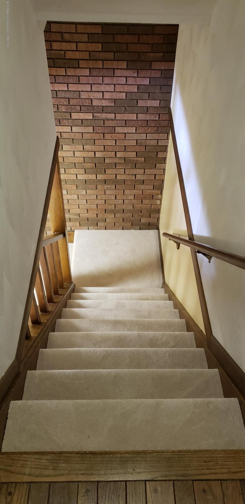 14403 Center Rd - center basement stairs - 38