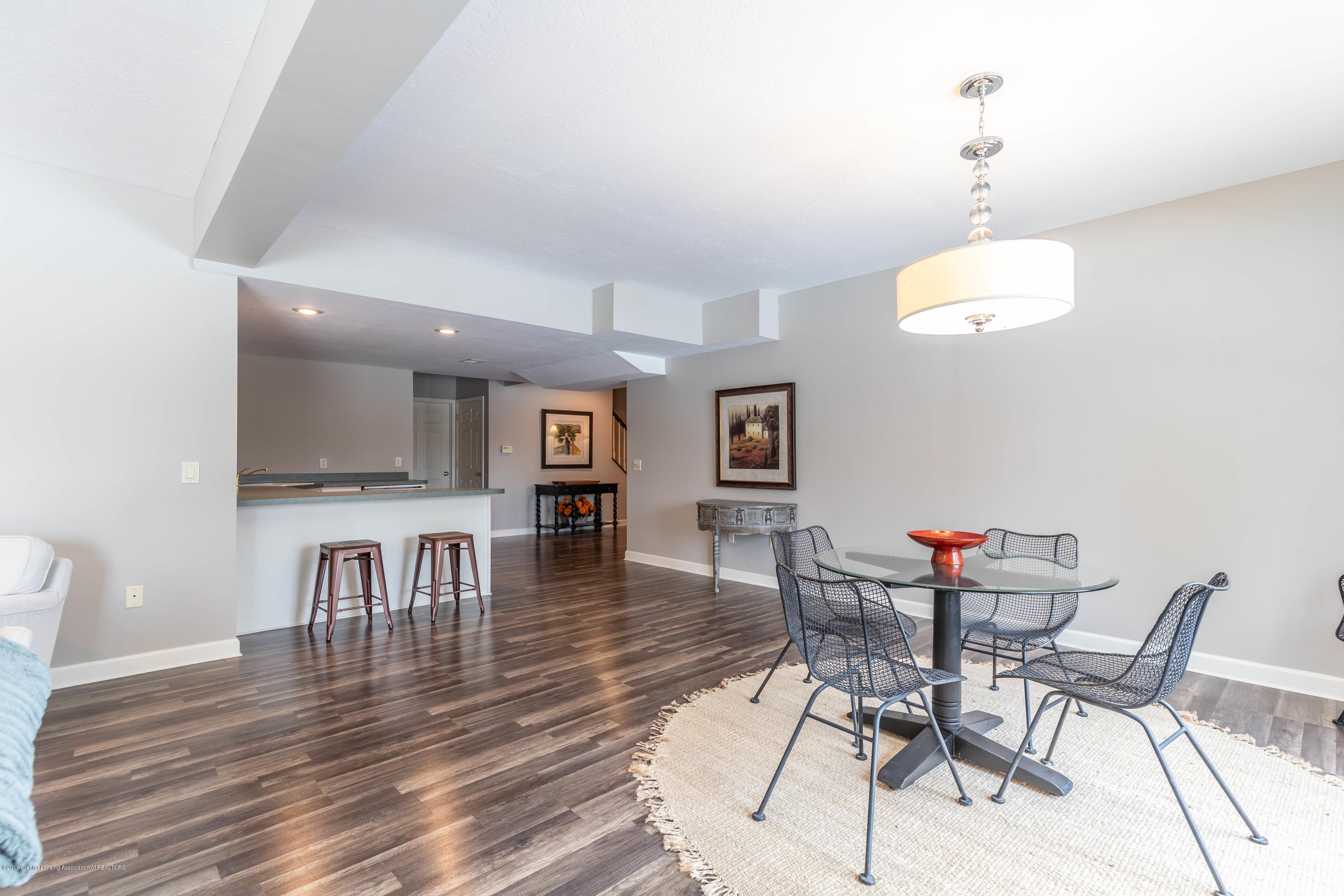 5528 Silverleaf Ct - Lower Level Family Room - 38