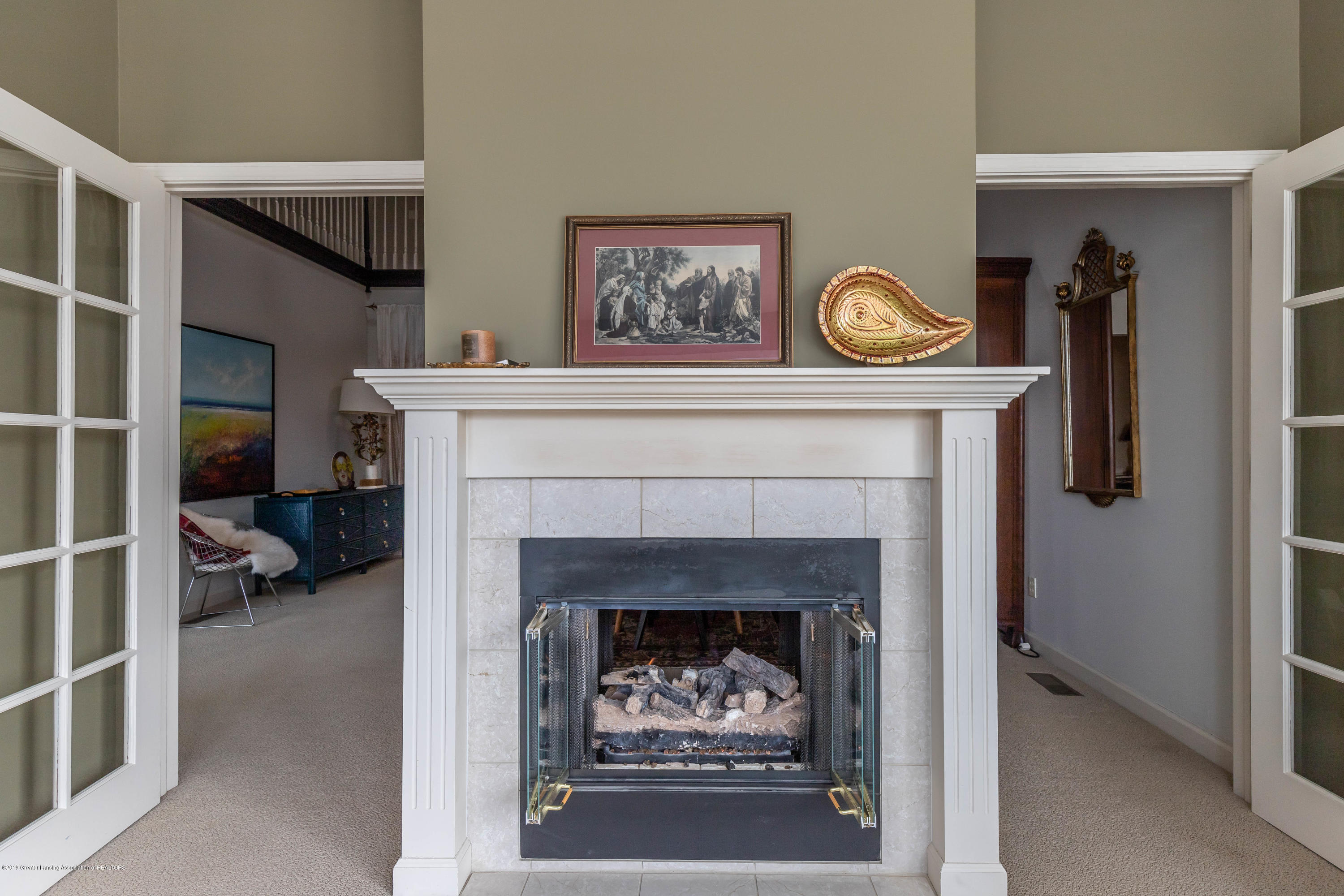 5528 Silverleaf Ct - Double Sided Fireplace - 10
