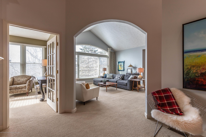 5528 Silverleaf Ct - Sunroom - Living Room - 11