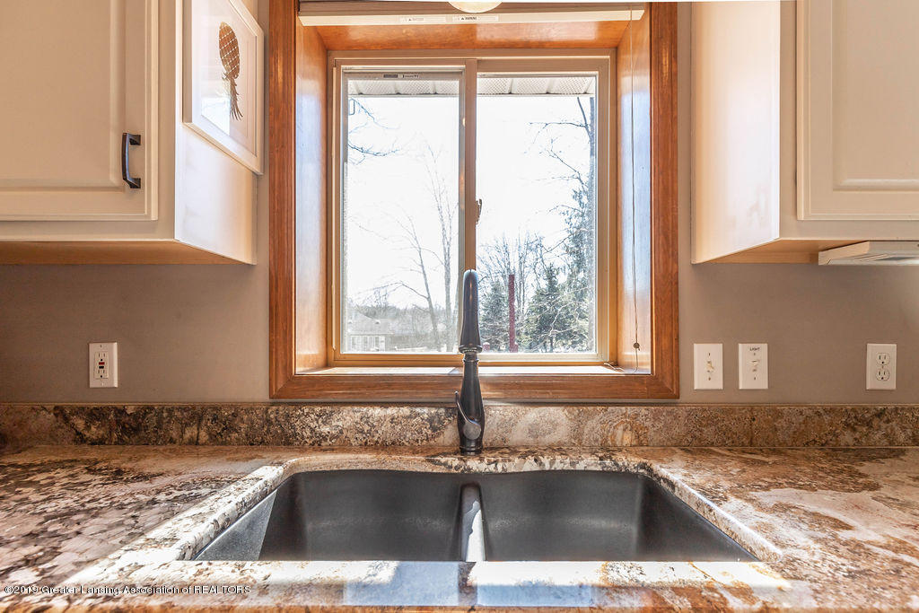 13826 Mead Creek Rd - Kitchen Sink - 15