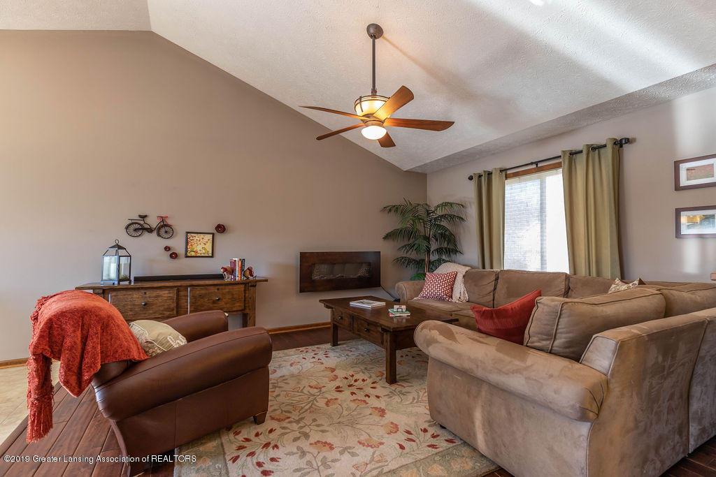 13826 Mead Creek Rd - Living Room - 7