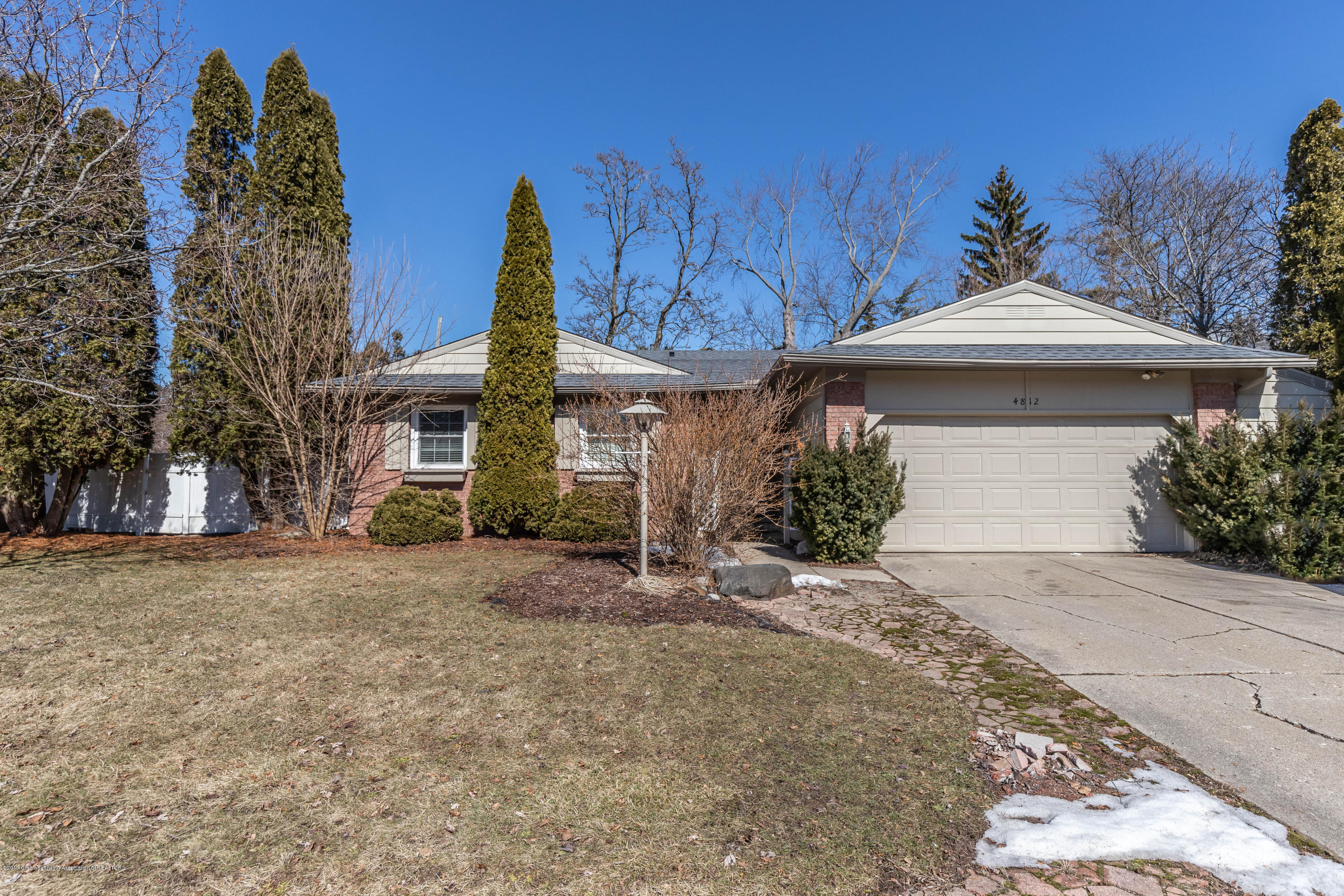 4812 Gull Rd - Front - 1
