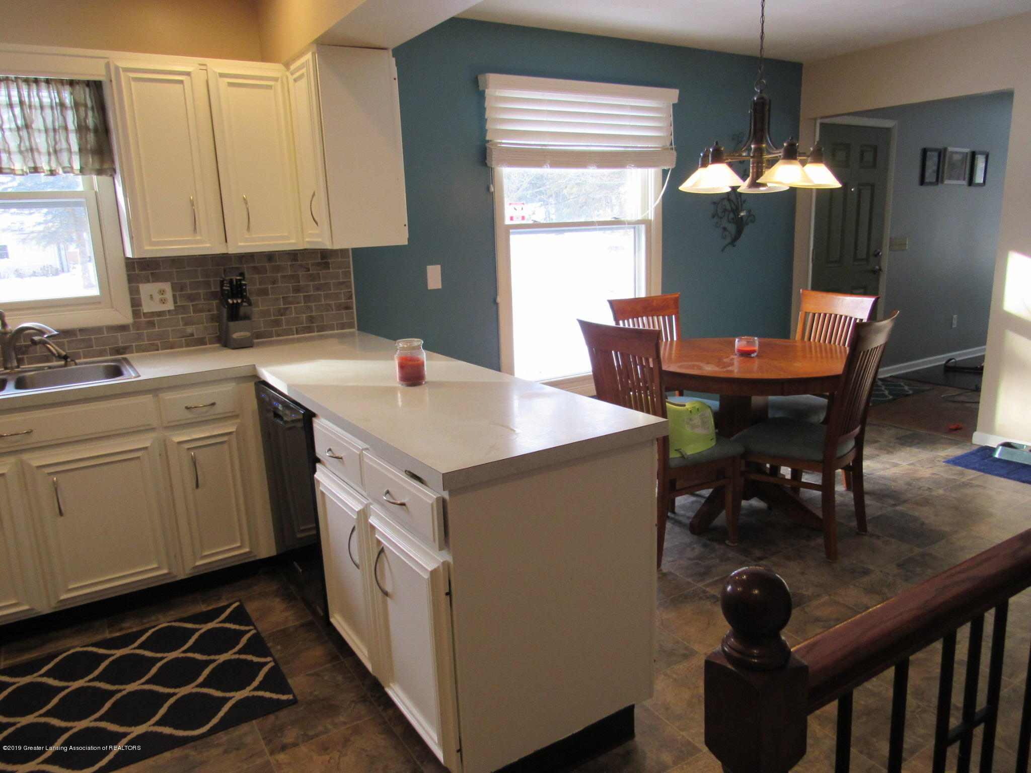 3466 Beechwood Dr - Kitch to Dining - 11