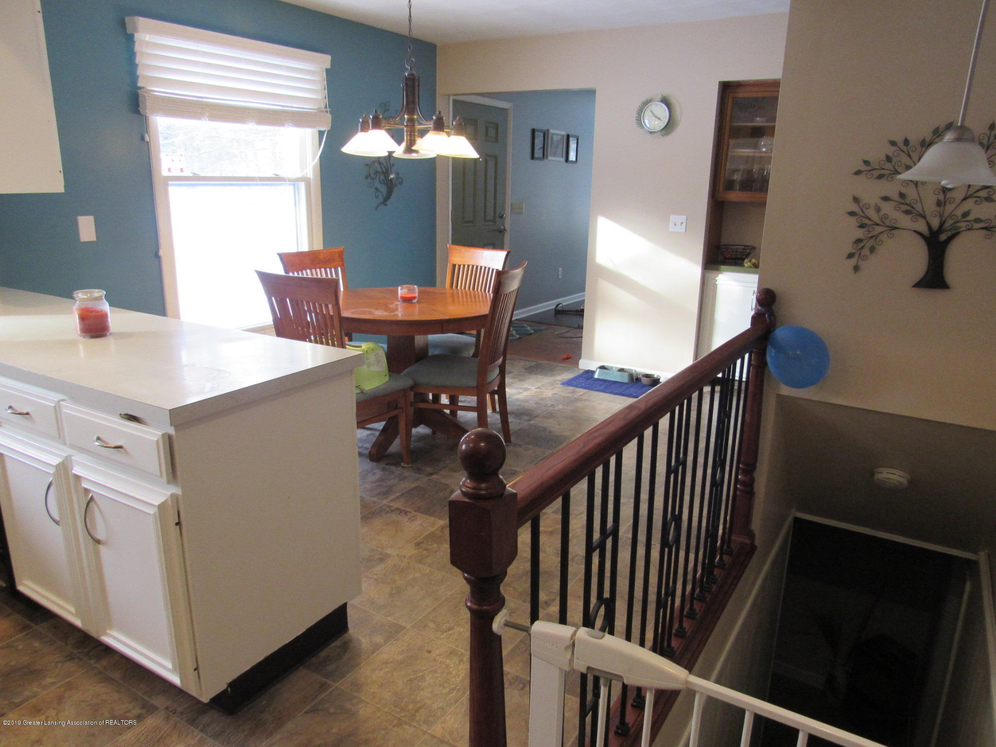3466 Beechwood Dr - Kitch to Din - 13