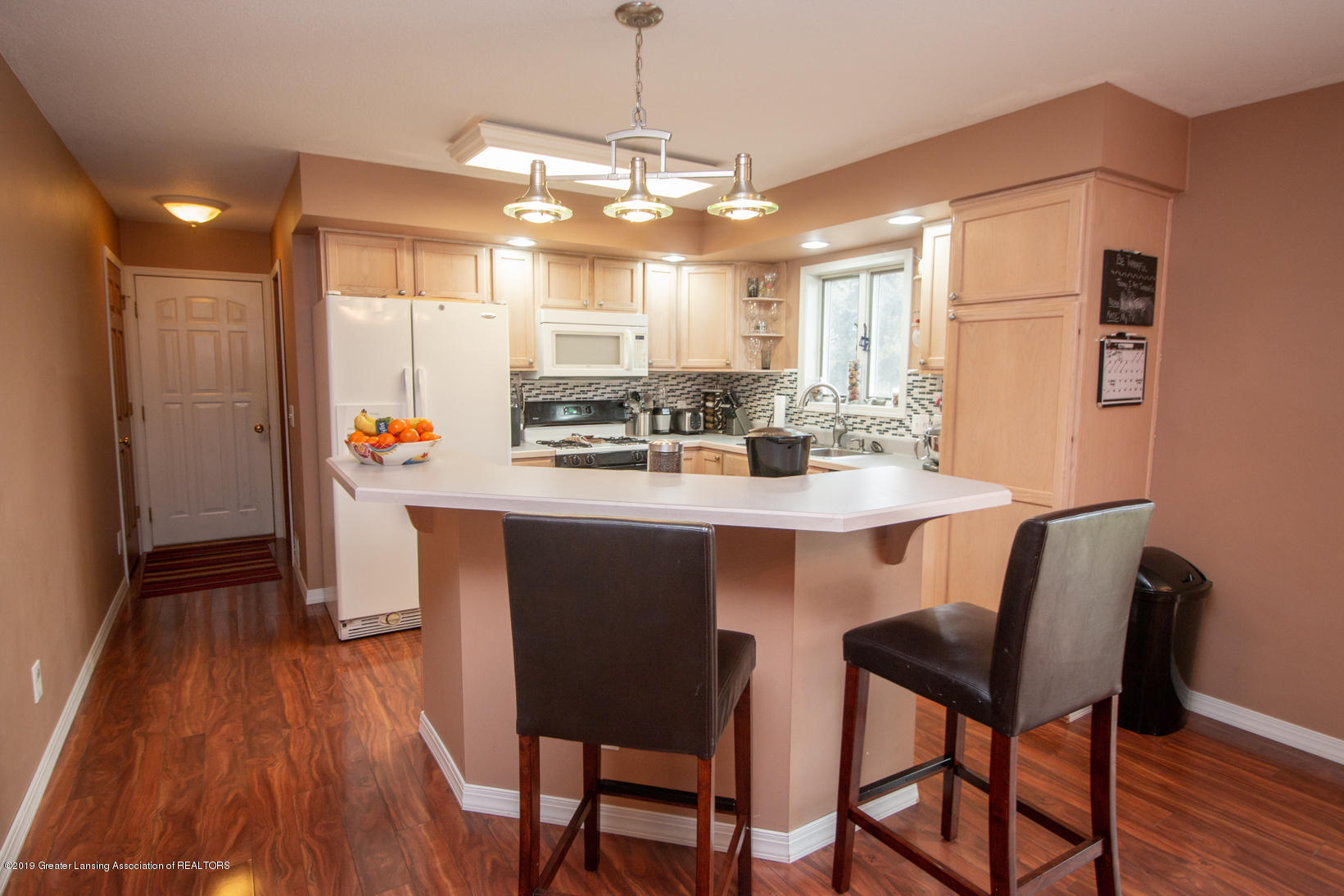 10380 Devereaux Rd - Kitchen - 6