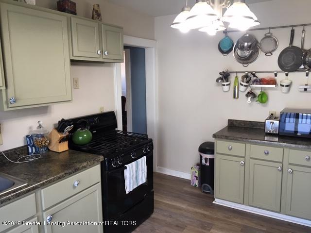 243 E Gier St - Kitchen - 7