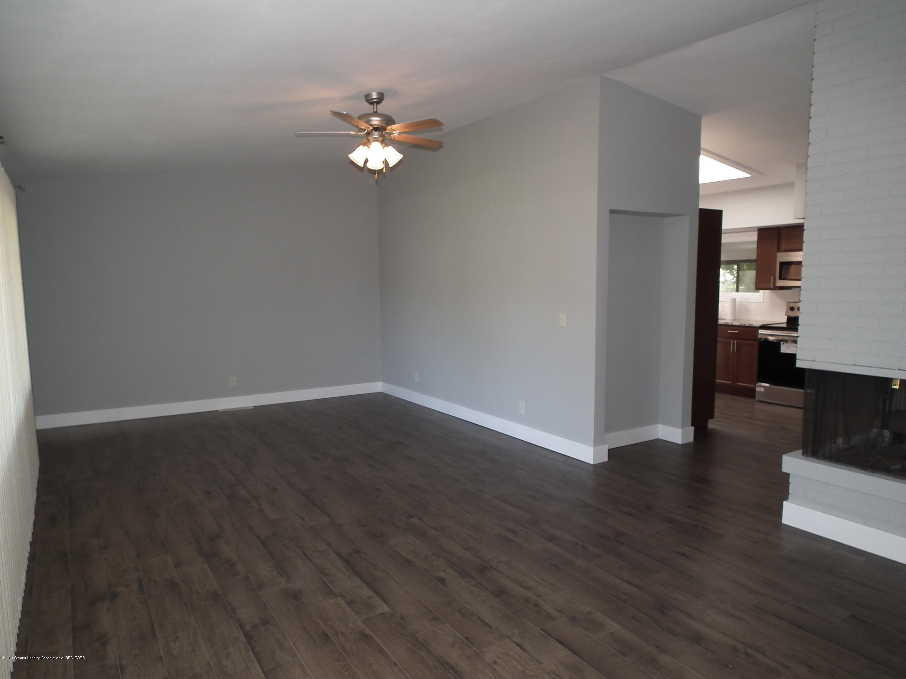 4123 Marmoor Dr - Living Room A - 4