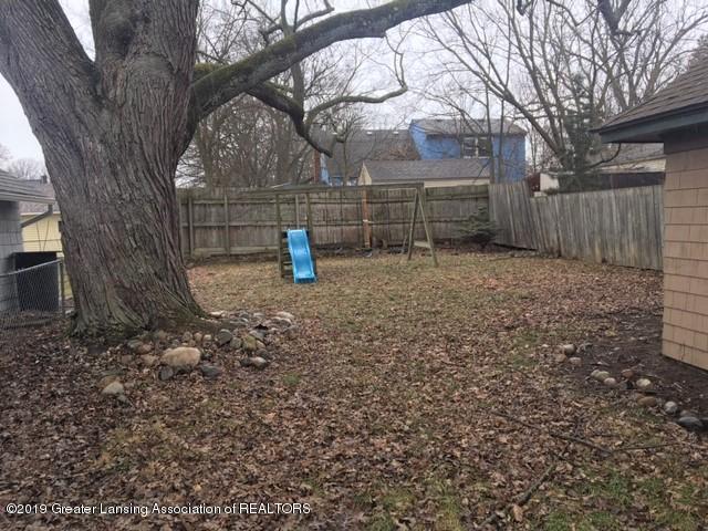 2208 S Rundle Ave - Backyard - 3