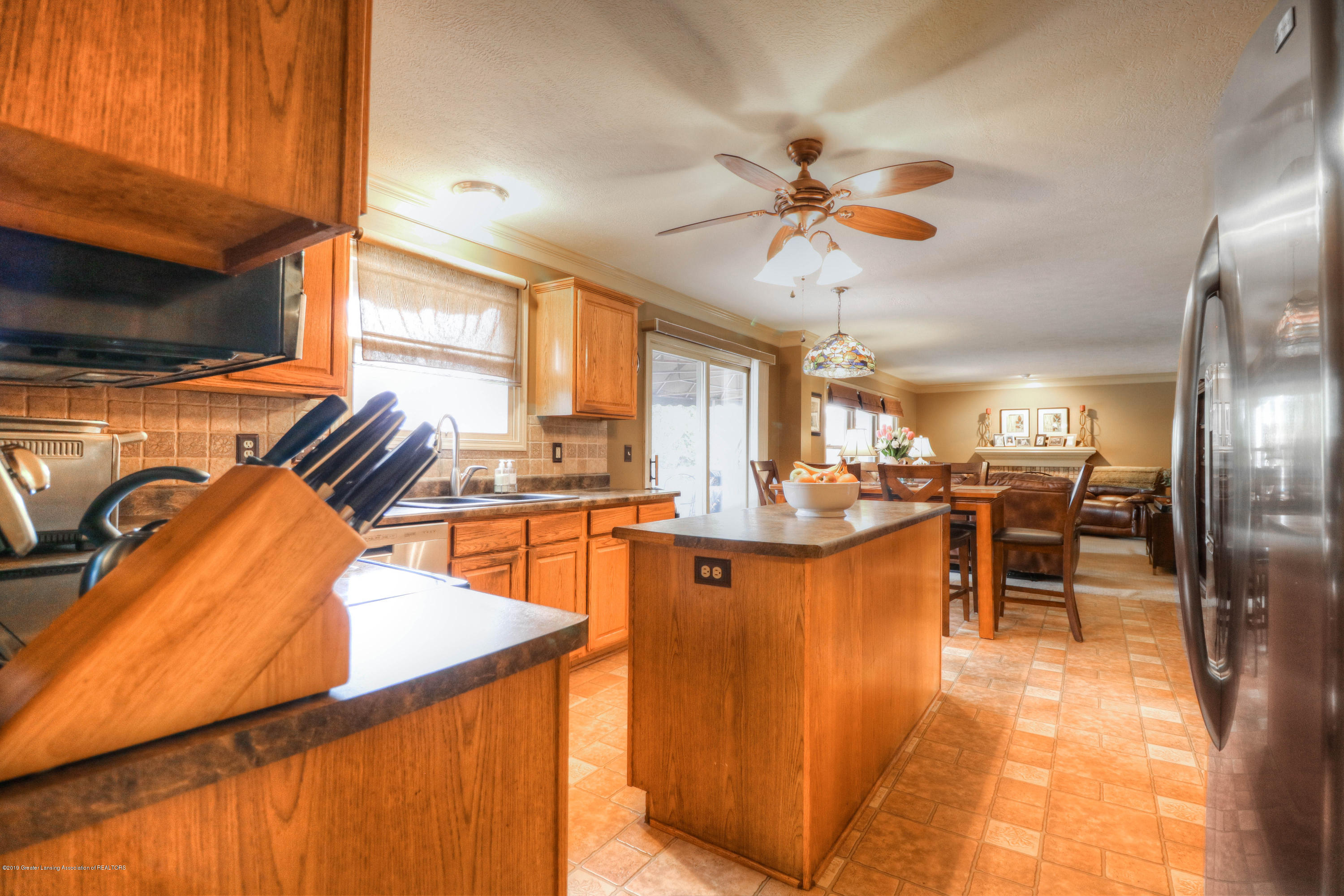 2181 Moorwood Dr - Kitchen - 5