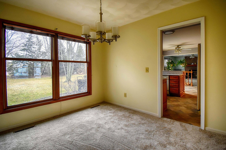 1414 Forest Hills Dr - Dining Room - 5
