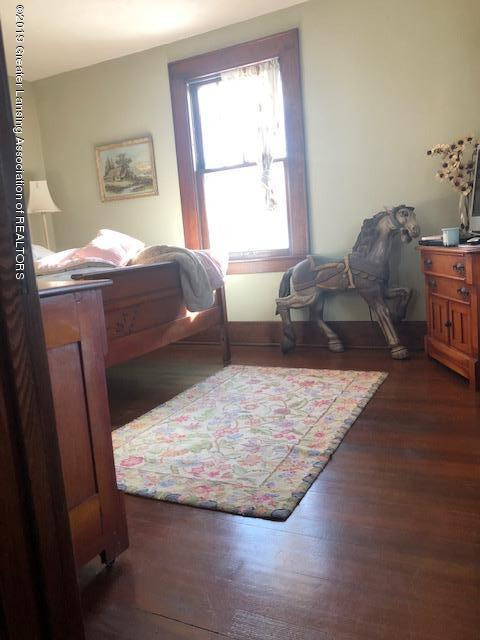 331 E Grand River Ave - 331 N GR 2nd BR 3 - 30