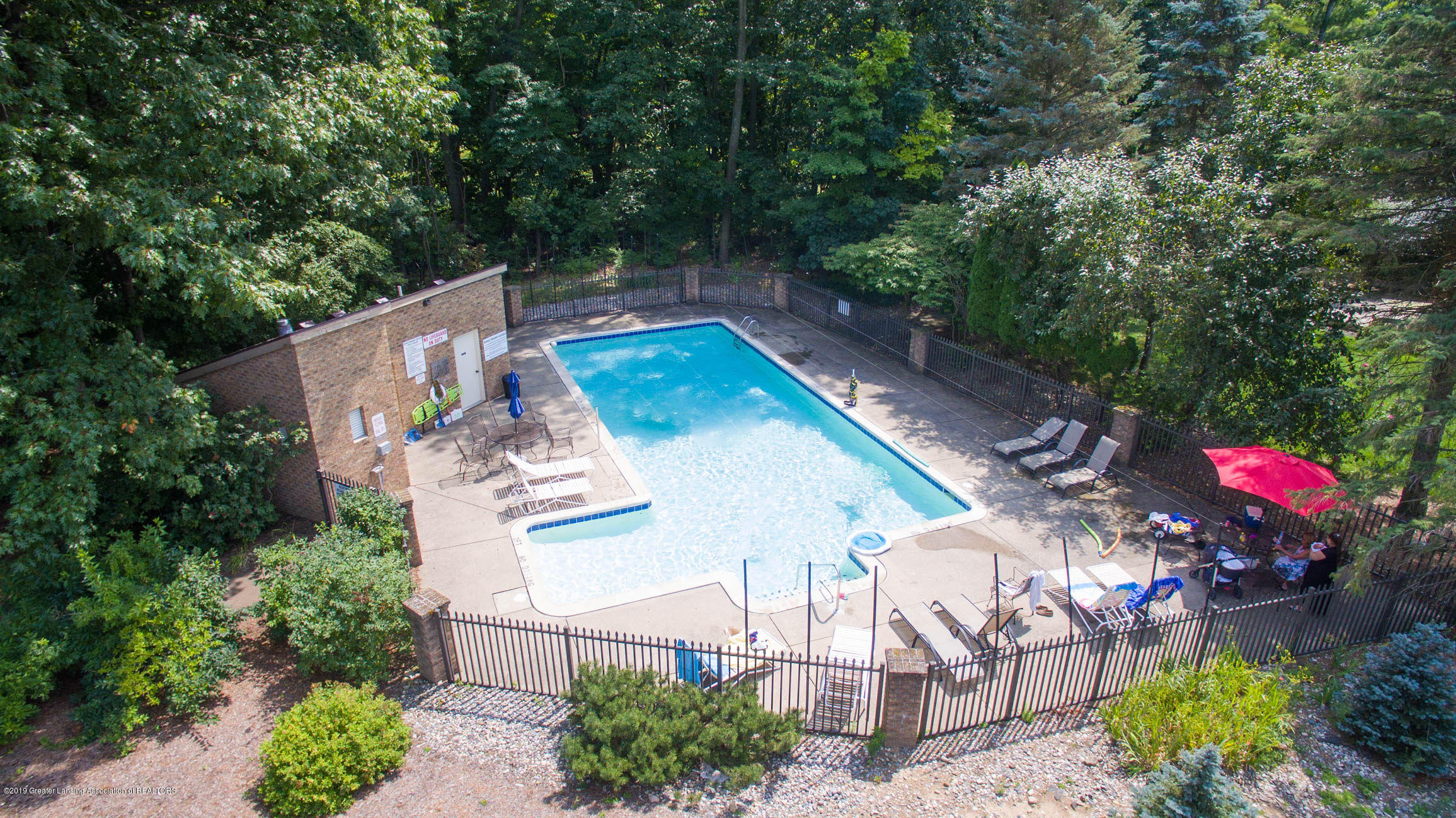 2543 Dustin Rd - Community Pool for new homeowner at 2543 - 47