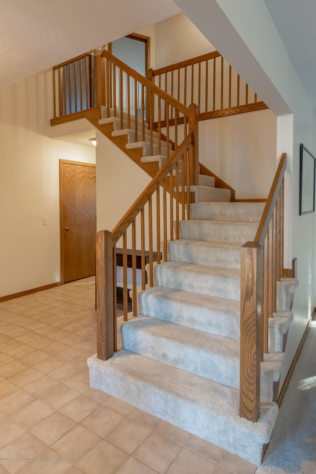 2543 Dustin Rd - Stairway to 2nd Floor - 20