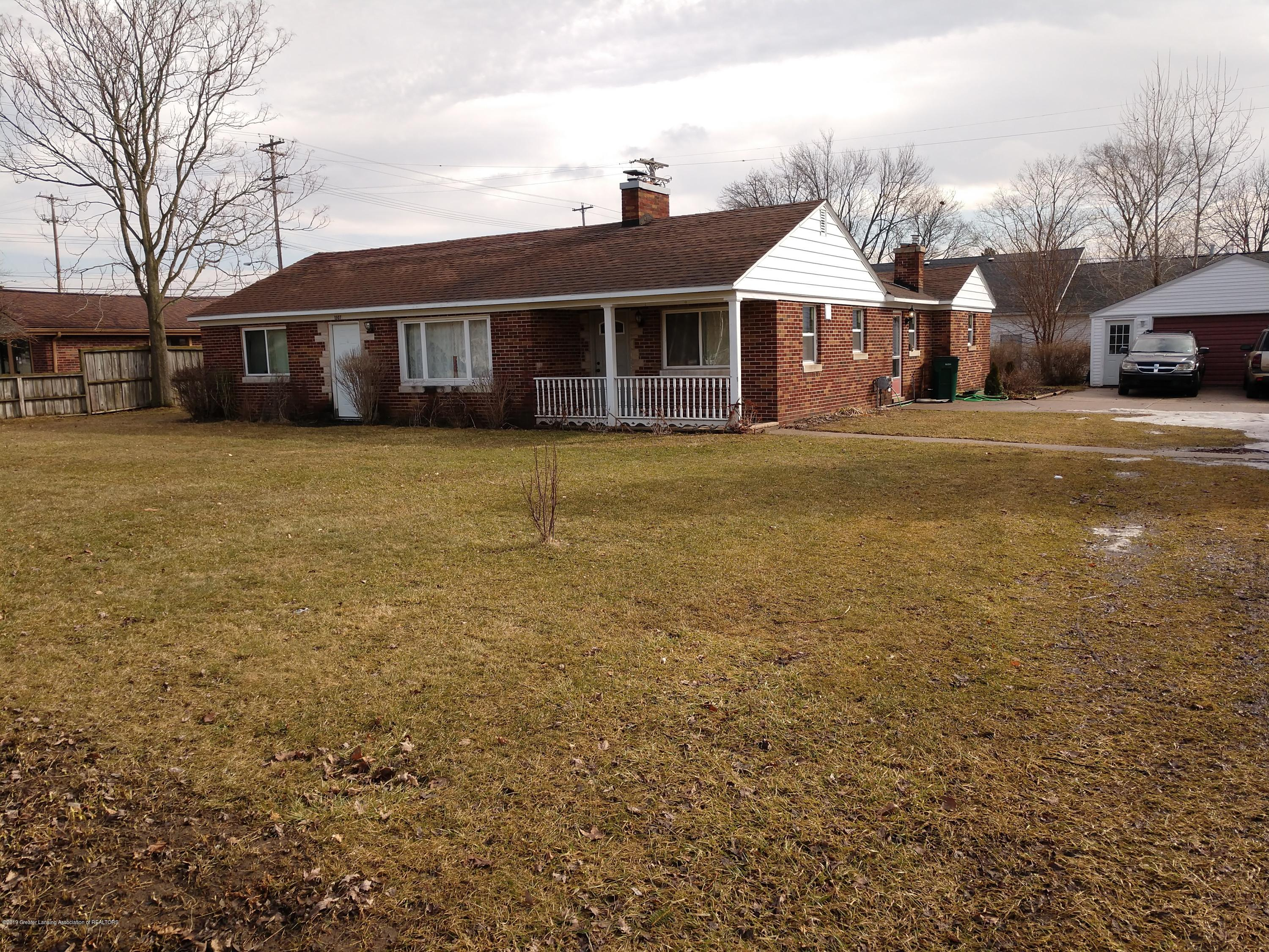 1507 W Holmes Rd - Front - 1