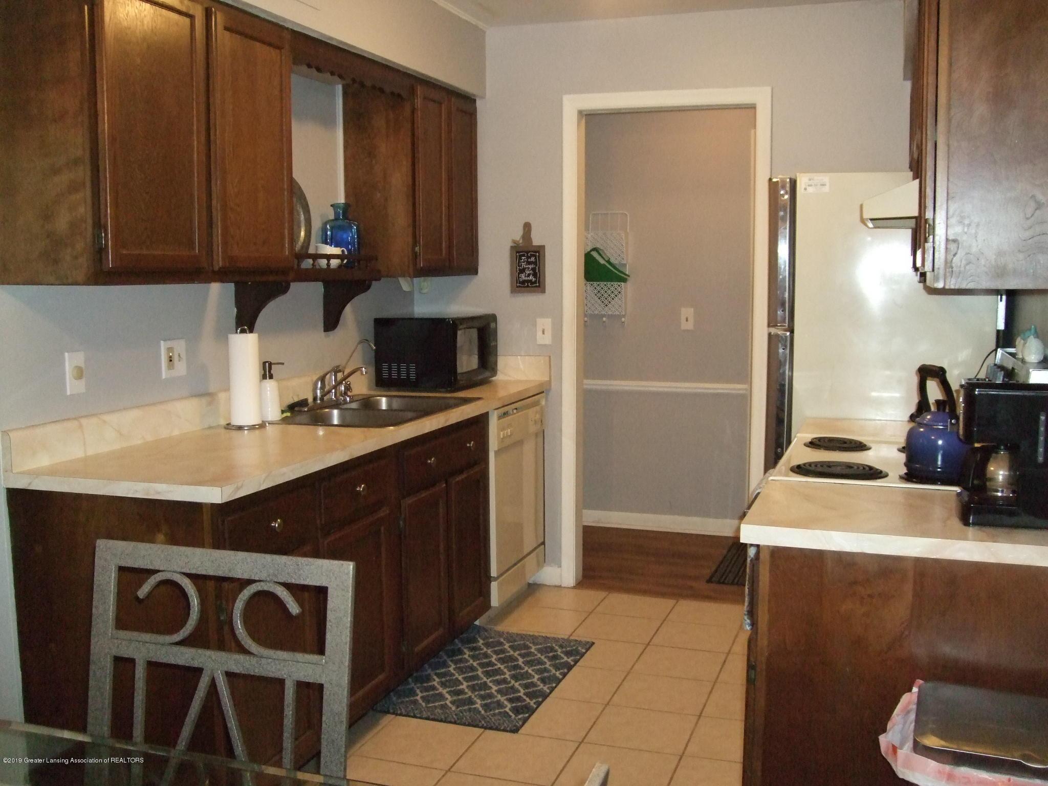 6160 Innkeepers Ct APT 56 - Kitchen - 4