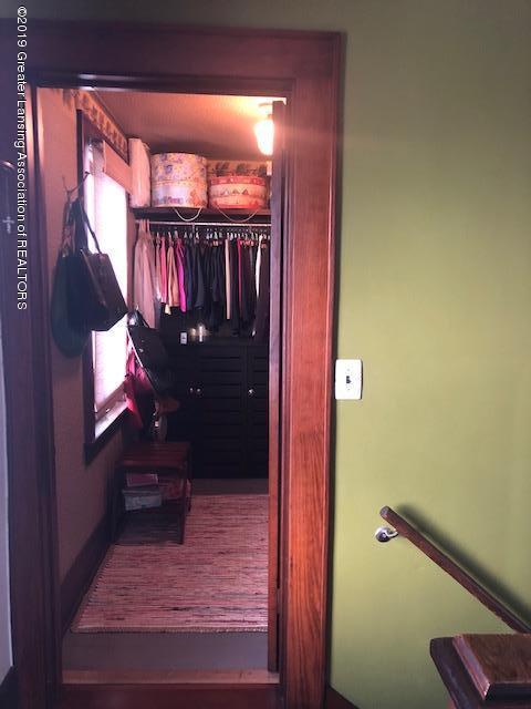 331 E Grand River Ave - 331 N GR Walkin Closet - 31