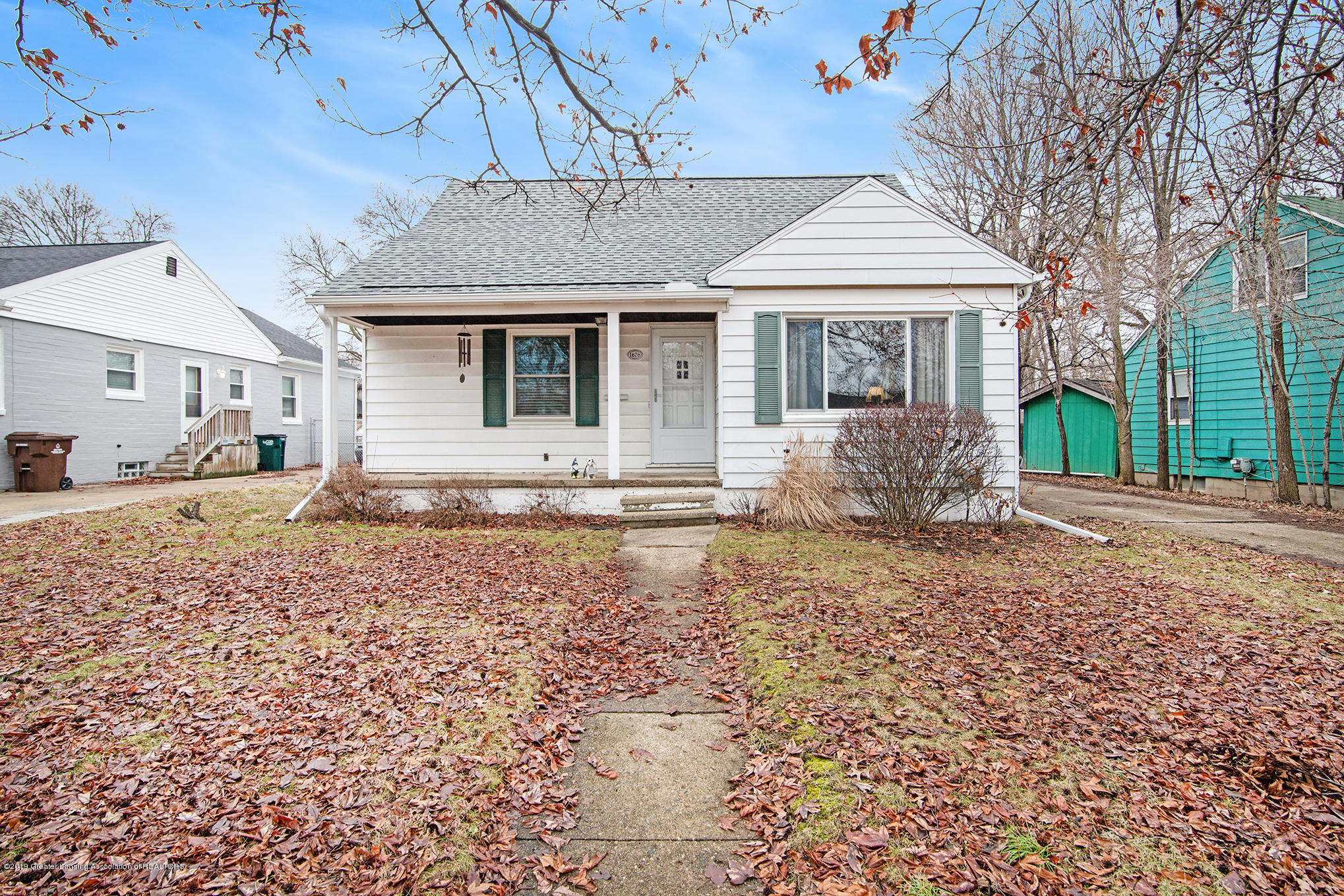 1626 S Genesee Dr - Front - 1