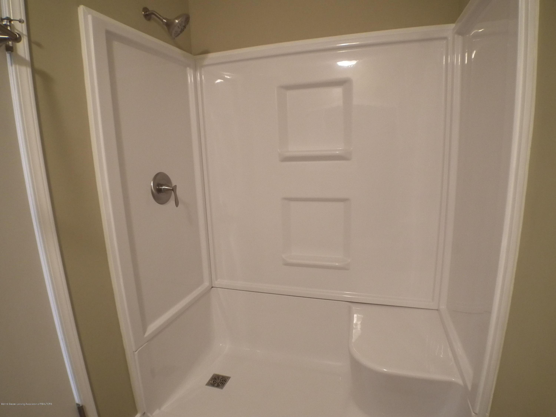 2939 Lafayette Cir - Master bath shower - 12