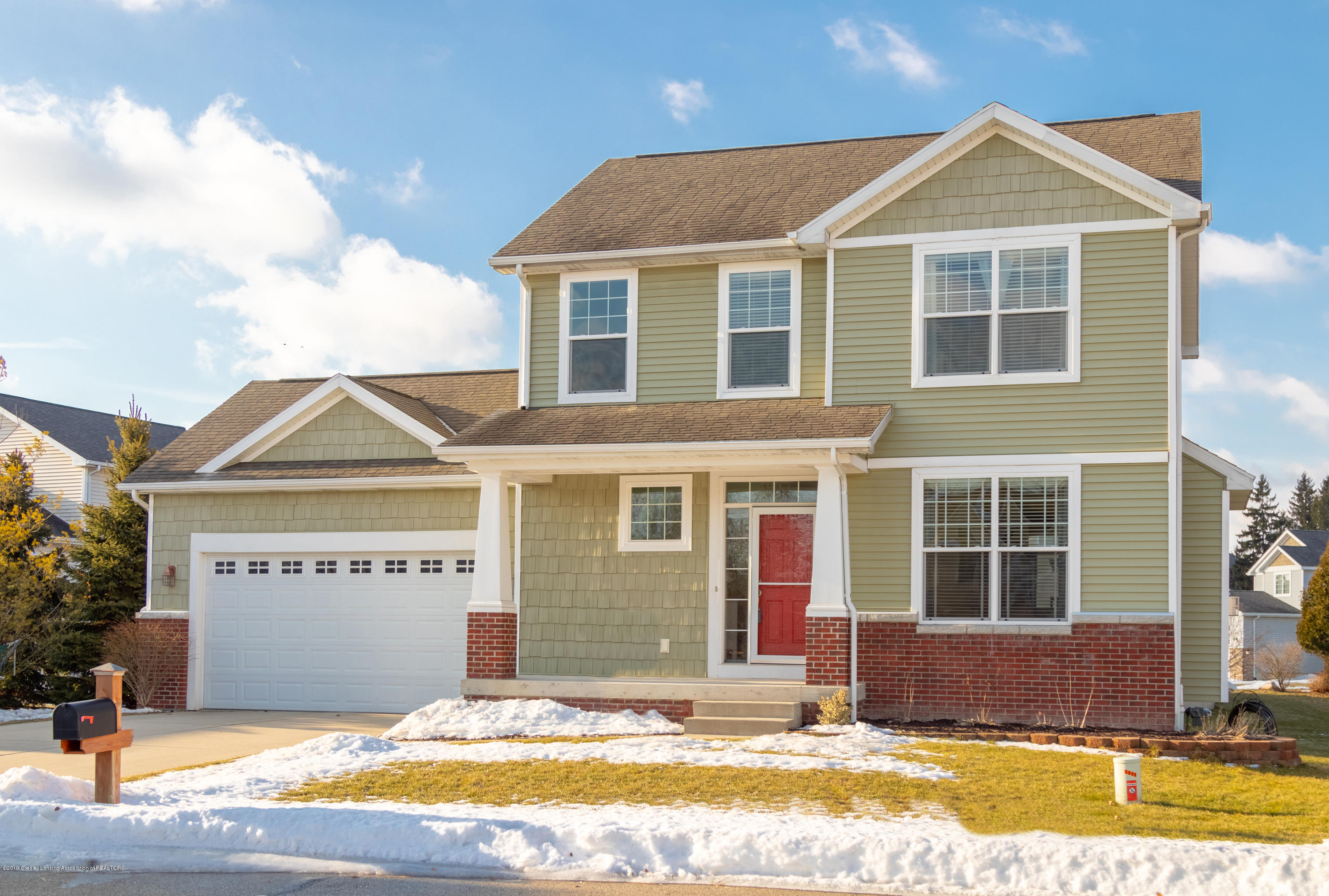 5850 Troyes Rd - Front - 2